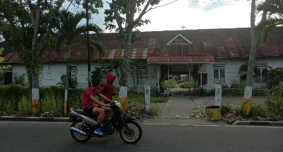 SDN 005 Bagan Barat masih menempati bekas Kantor Disdik Rohil. foto amran